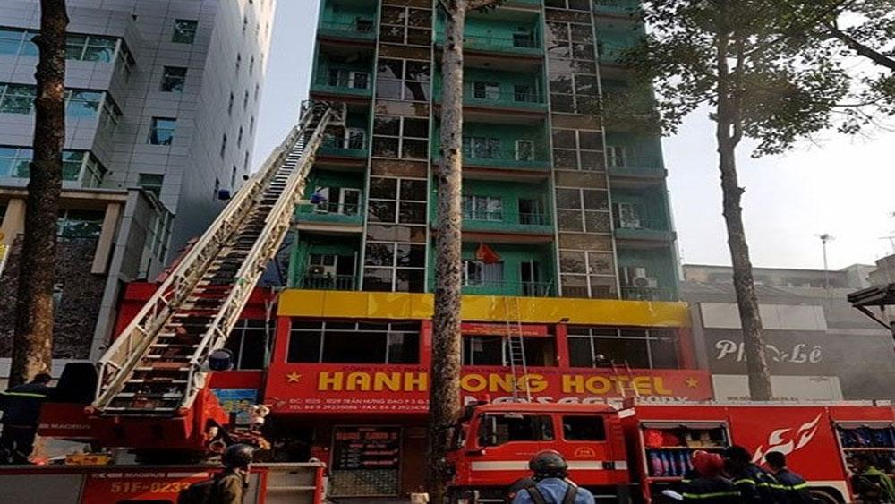 Khách sạn ở TP Hồ Chí Minh bị cháy, 19 người được cứu thoát